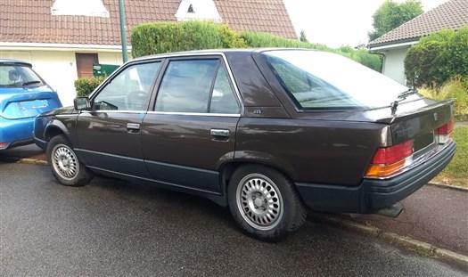 Renault 25, la DS qui ne dit pas son nom.